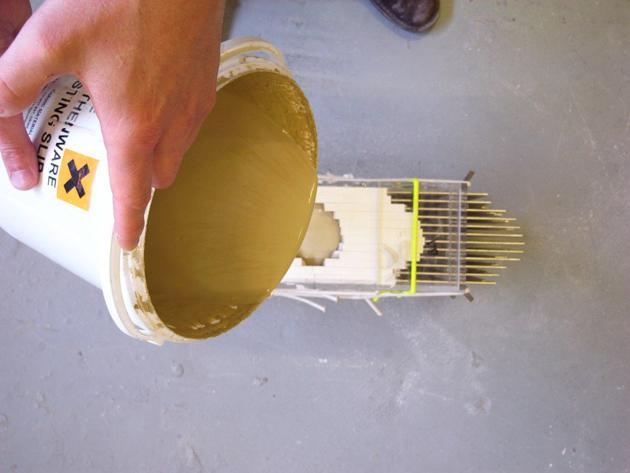 Industrial Design Pixel Vases * Julian F. Bond The Pixel Casting machine 4