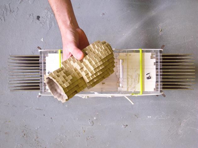 Industrial Design Pixel Vases * Julian F. Bond The Pixel Casting machine 7