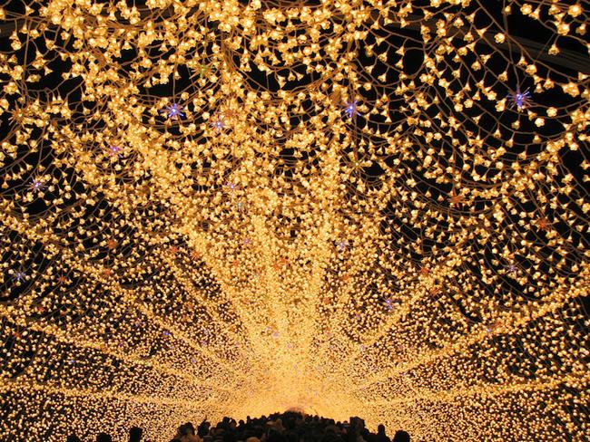 Japan * Tunnel of Lights img 9