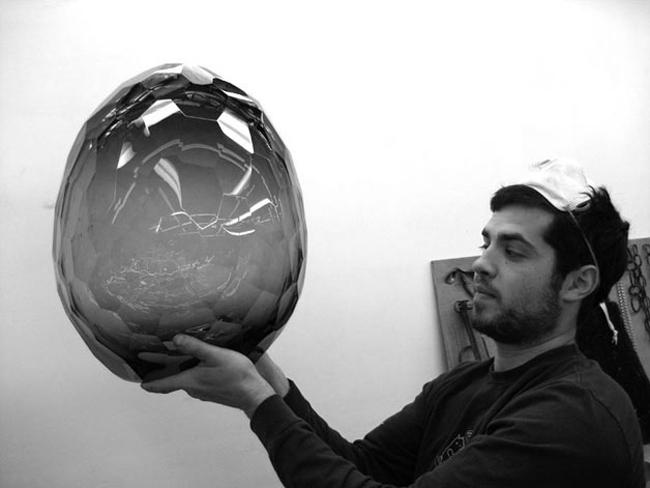 David Wiseman * R Gallery  1 David WIseman Holding his piece