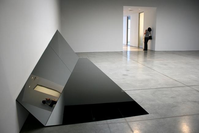 Top 5 Art Galleries in New York 12 Sean Kelly Gallery