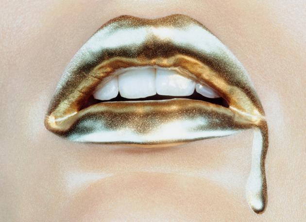 Miles Aldridge .Bold_Gold - New Year golden contemporary pieces  NEW YEAR's Golden Pieces * Contemporary design Miles Aldridge