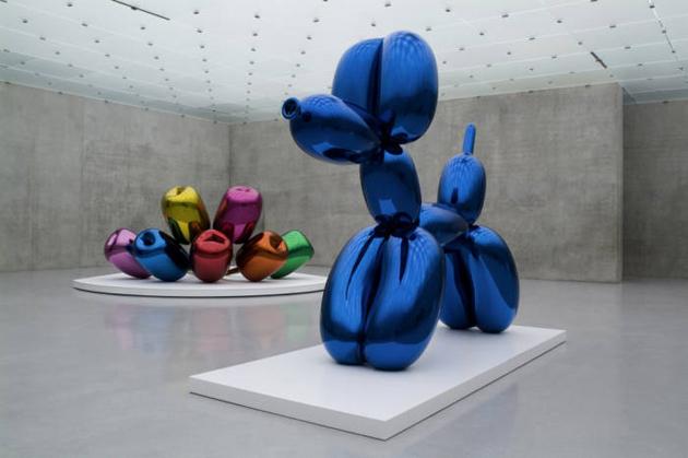 Jeff Koons Jeff... Jeff Koons Balloon Sculpture