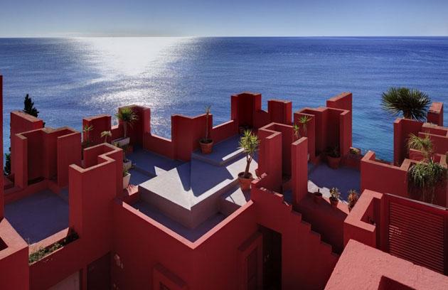 muralla-roja-architecture  The Red Wall Architecture * Ricardo Bofill muralla roja architecture