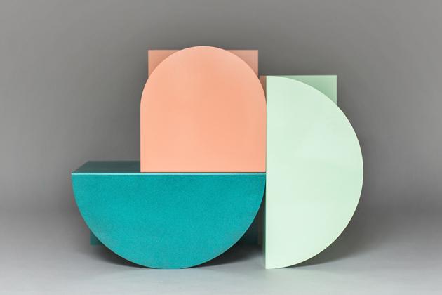 1-David-Tarcali-Budapest-Studio-Nomad-table