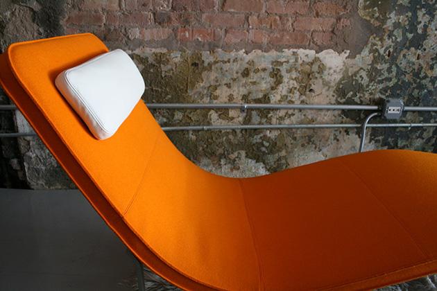 'Landscape' chaise mid century * Jeffrey Bernett chaise mid century decoration