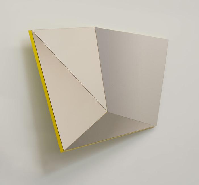 Geometric 3D Mirrors * Stonefox Architects  Geometric 3D Mirrors * Stonefox Architects Stonefox Architects Sculptural Mirrors 2