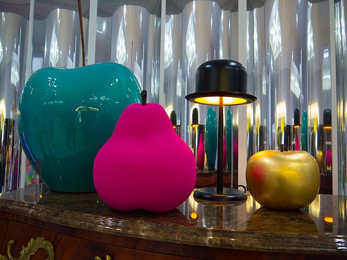 Maison & Objet septembre 2013 Cerise; poire; pomme Bull & Stein; Chapeau melon La chaise Longue  Unique Handmade Fruit Sculptures * BULL&STEIN Ceramic Fruit Sculptures BULL      STEIN 03
