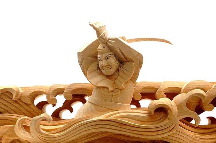 Sculptural Wooden Japanese Heroes * Yusuke Yamamoto