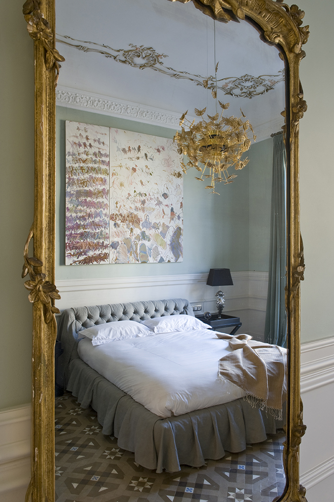 25 Interior Design Ideas for Valentine's Day 2017 valentine's day 2017 25 Interior Design Ideas for Valentine's Day 2017 nymph chandelier koket projects 2