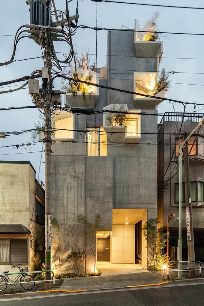 A Vertical Garden Home in Tokyo Merges Nature with the Concrete Jungle  Vertical Garden Home A Vertical Garden Home in Tokyo Merges Nature with the Concrete Jungle A Vertical Garden Home in Tokyo Merges Nature with the Concrete Jungle 10