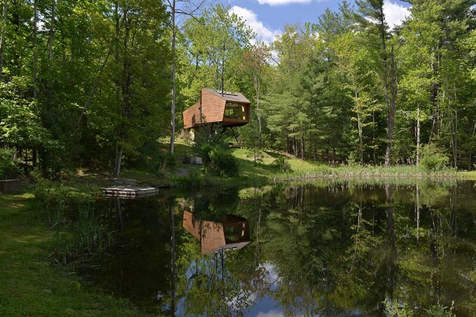 This Unique Treehouse in New York Is the Perfect Forest Getaway  Unique Treehouse in New York This Unique Treehouse in New York Is the Perfect Forest Getaway This Unique Treehouse in New York Is the Perfect Forest Getaway 2