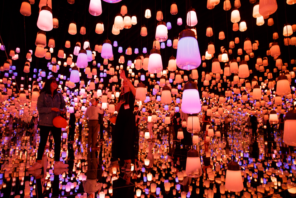 teamlab Exploring teamLab Borderless: a digital art museum in Tokyo, Japan teamLab Borderless 1