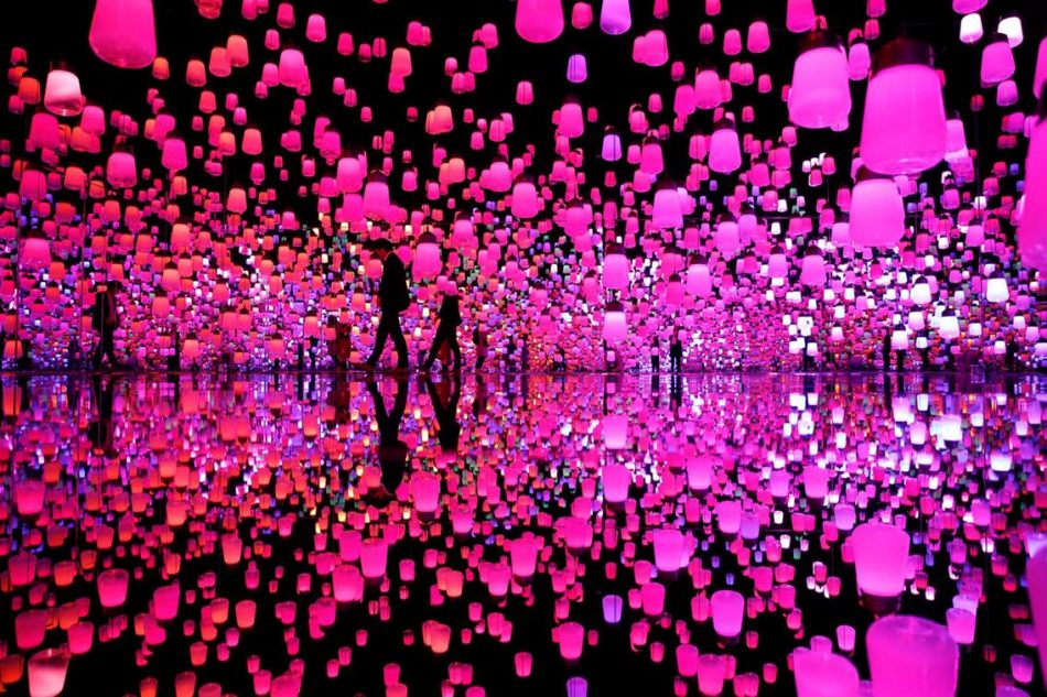 teamlab Exploring teamLab Borderless: a digital art museum in Tokyo, Japan teamLab Borderless 11