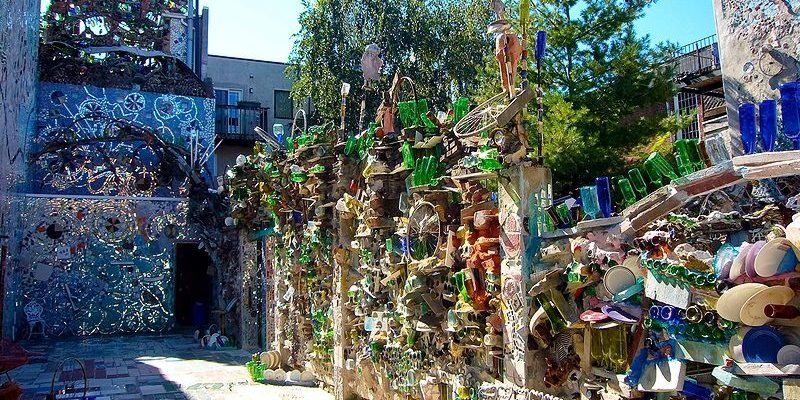 philadelphia's magic gardens Mosaic Installation & Gallery in Philadelphia Philadelphia   s Magic Gardens 19