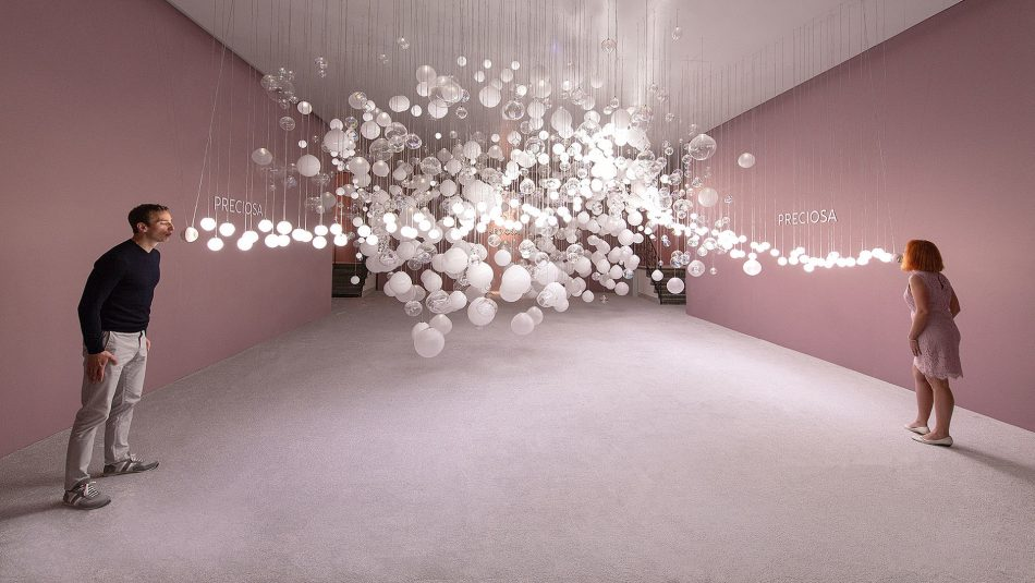 breath of light Breath of Light: Preciosa's Playful Interaction with Glass Bubbles preciosa 1