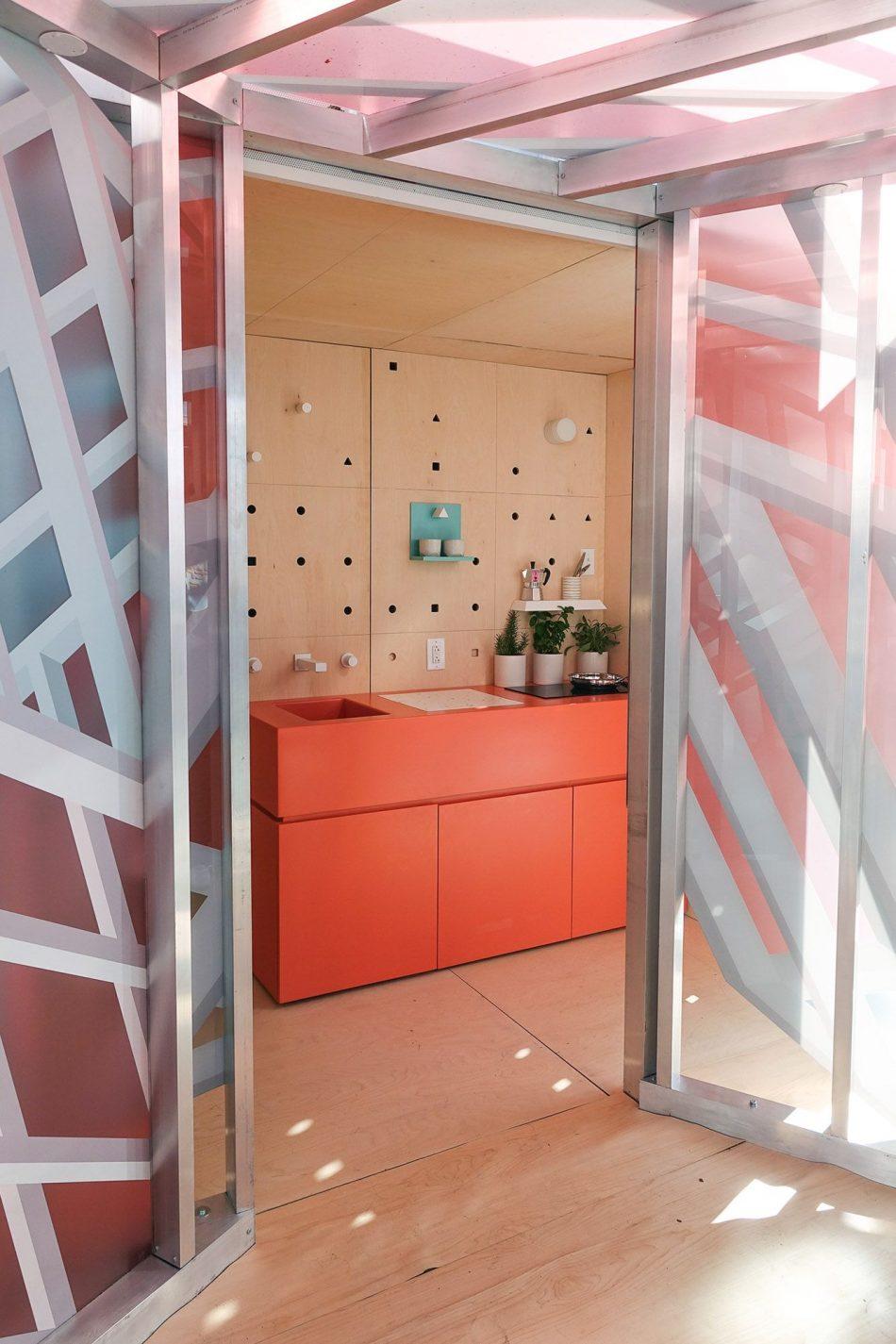 urban cabin Urban Cabin Presents Micro-Living In The Metropolis Urban Cabin 3