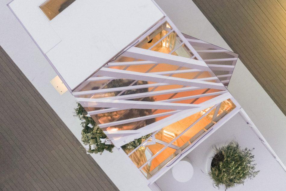 Urban Cabin urban cabin Urban Cabin Presents Micro-Living In The Metropolis Urban Cabin 9 1