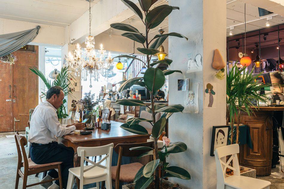 """sundays Architecture, Graphic Design & Art Converge in """"Sundays"""", Bangkok architecture graphic design art converge in sundays bangkok 8"""