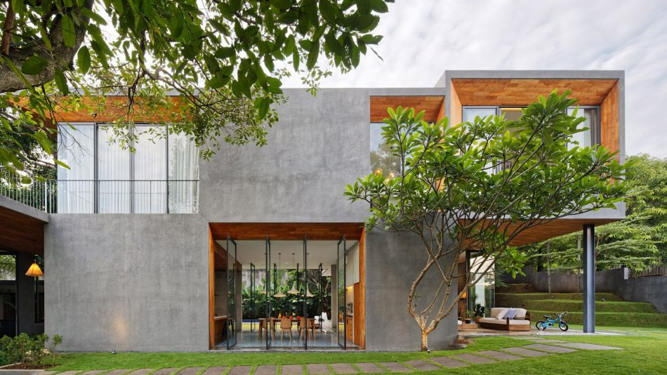 tamara wibowo's Pivoting doors offer breezes and views at Tamara Wibowo's Indonesian home pivoting doors offer breezes views tamara wibowos indonesian home 3