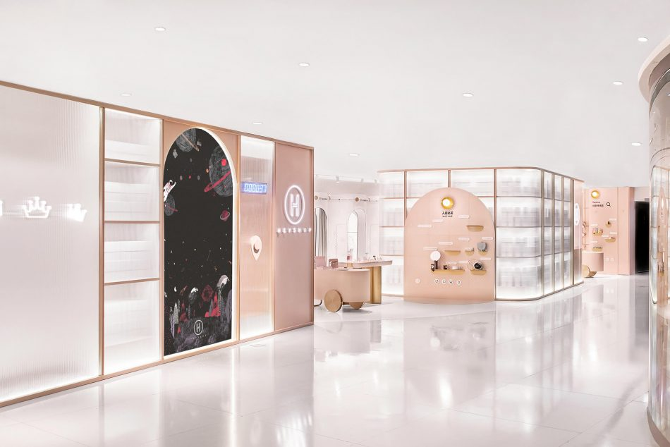 fitting rooms Shop optimizes floor space by turning fitting rooms into hallways shop optimizes floor space by turning fitting rooms into hallways 6