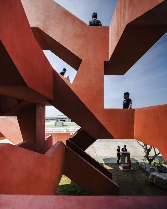 Labyrinth playground labyrinth playground Labyrinth playground wins the Emerging Architecture Award labyrinth playground wins the emerging architecture award 4 1