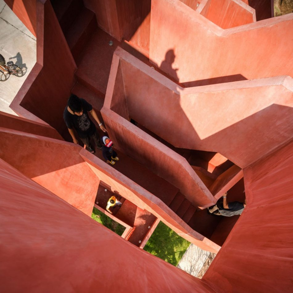 Labyrinth playground labyrinth playground Labyrinth playground wins the Emerging Architecture Award labyrinth playground wins the emerging architecture award 7