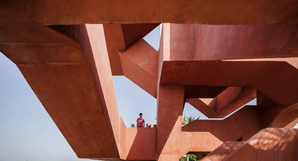 labyrinth playground Labyrinth playground wins the Emerging Architecture Award labyrinth playground wins the emerging architecture award 9 1