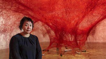 [object object] Chiharu Shiota weaves an amazing Japanese installation chiharu shiota weaves amazing japanese installation 7 347x195