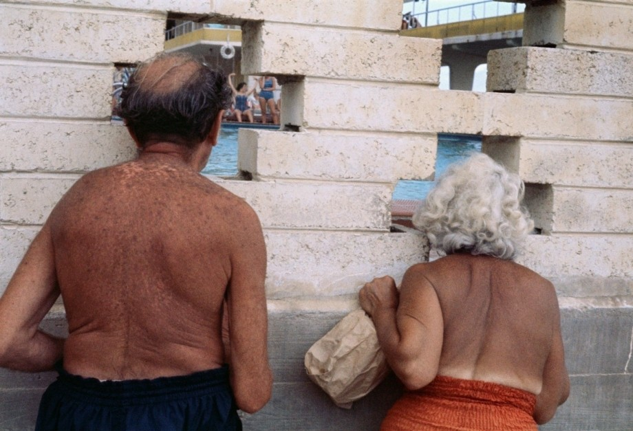 vivian maier's Vivian Maier's Color Photographs For The First Time vivian maiers color photographs time 4